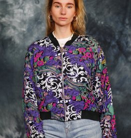 Cool 90s bomber jacket