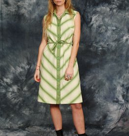 Classic 70s dress in green