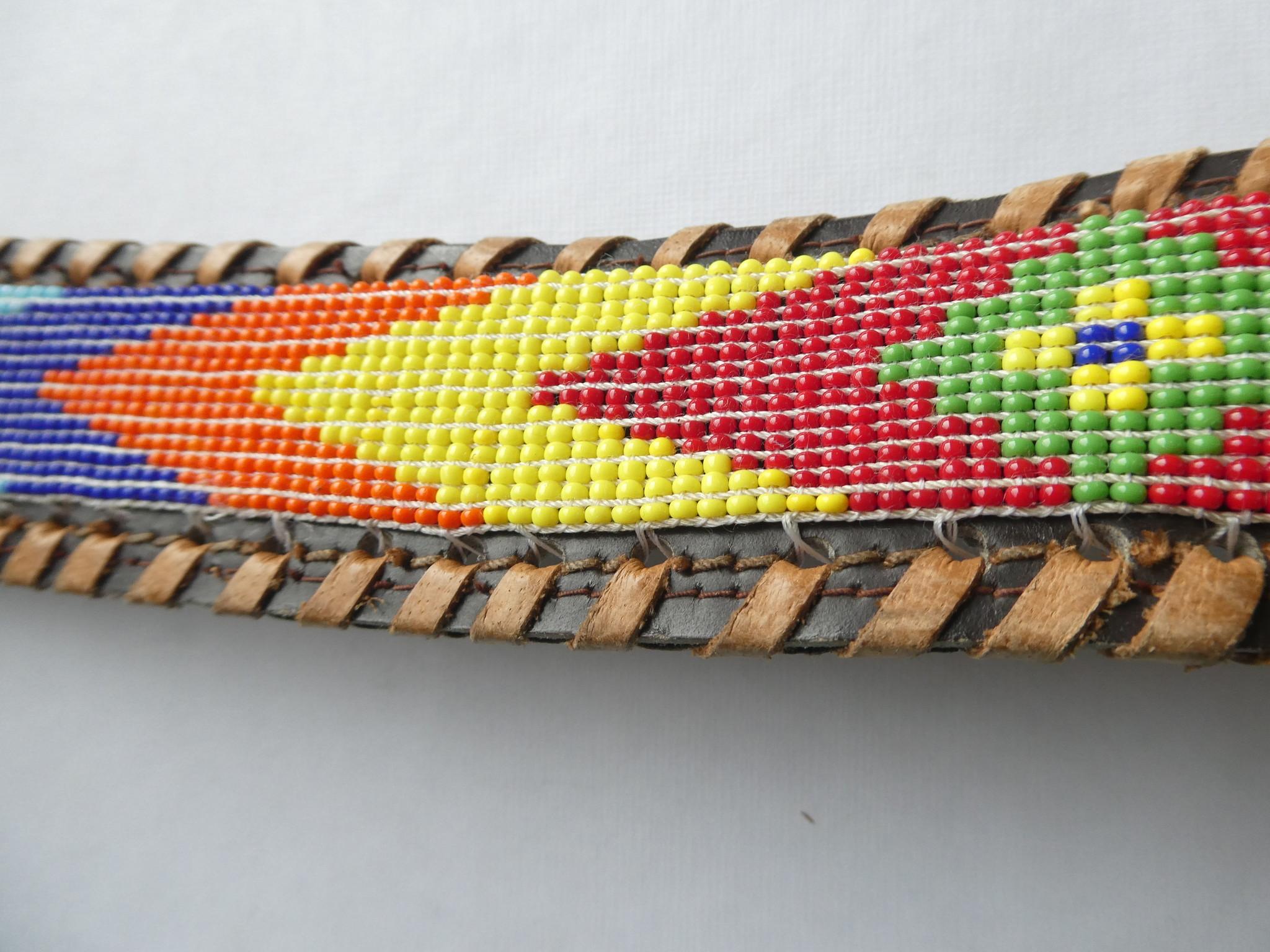 VNTG Amazing 70s Beaded Belt