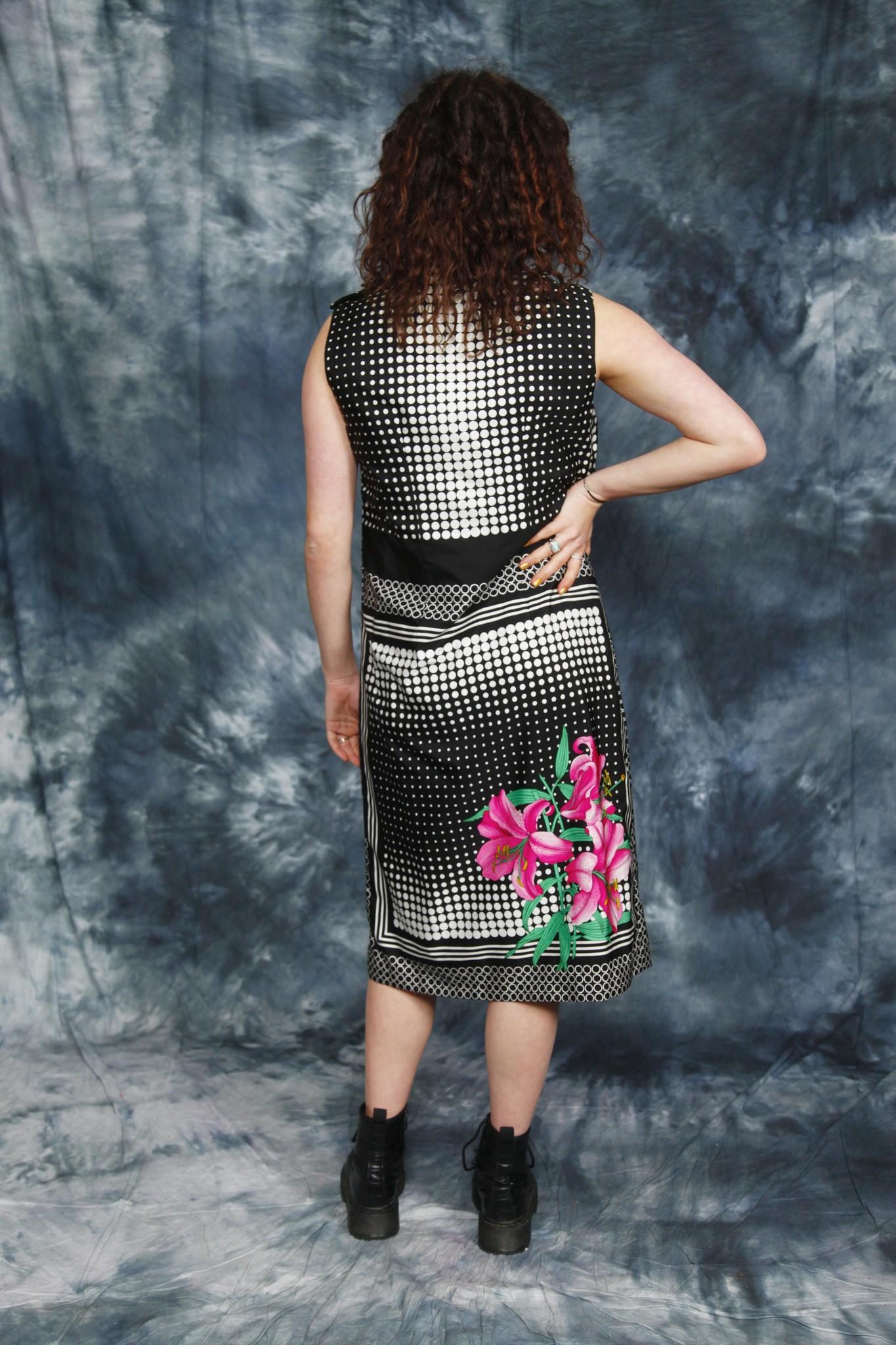 Floral 70s midi dress
