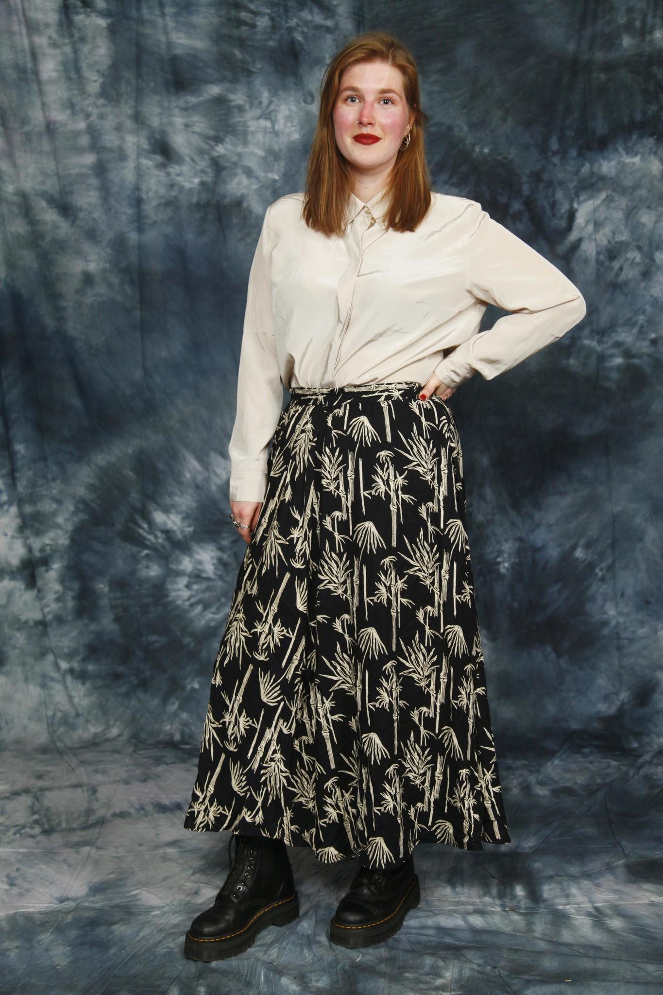 Beautiful 90s Skirt