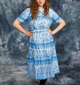 Paisley 70s dress in blue