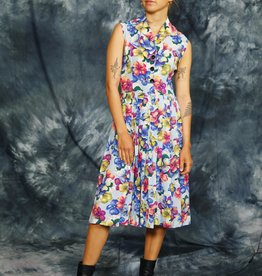 Floral 70s dress in blue