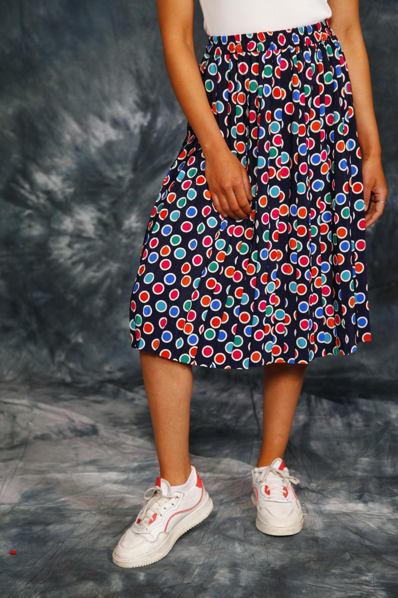 Pleated 80s skirt