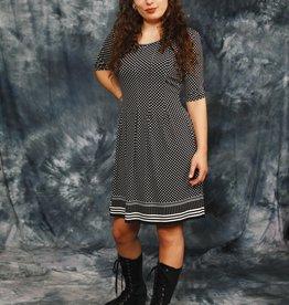 Classy 90s polka dot dress