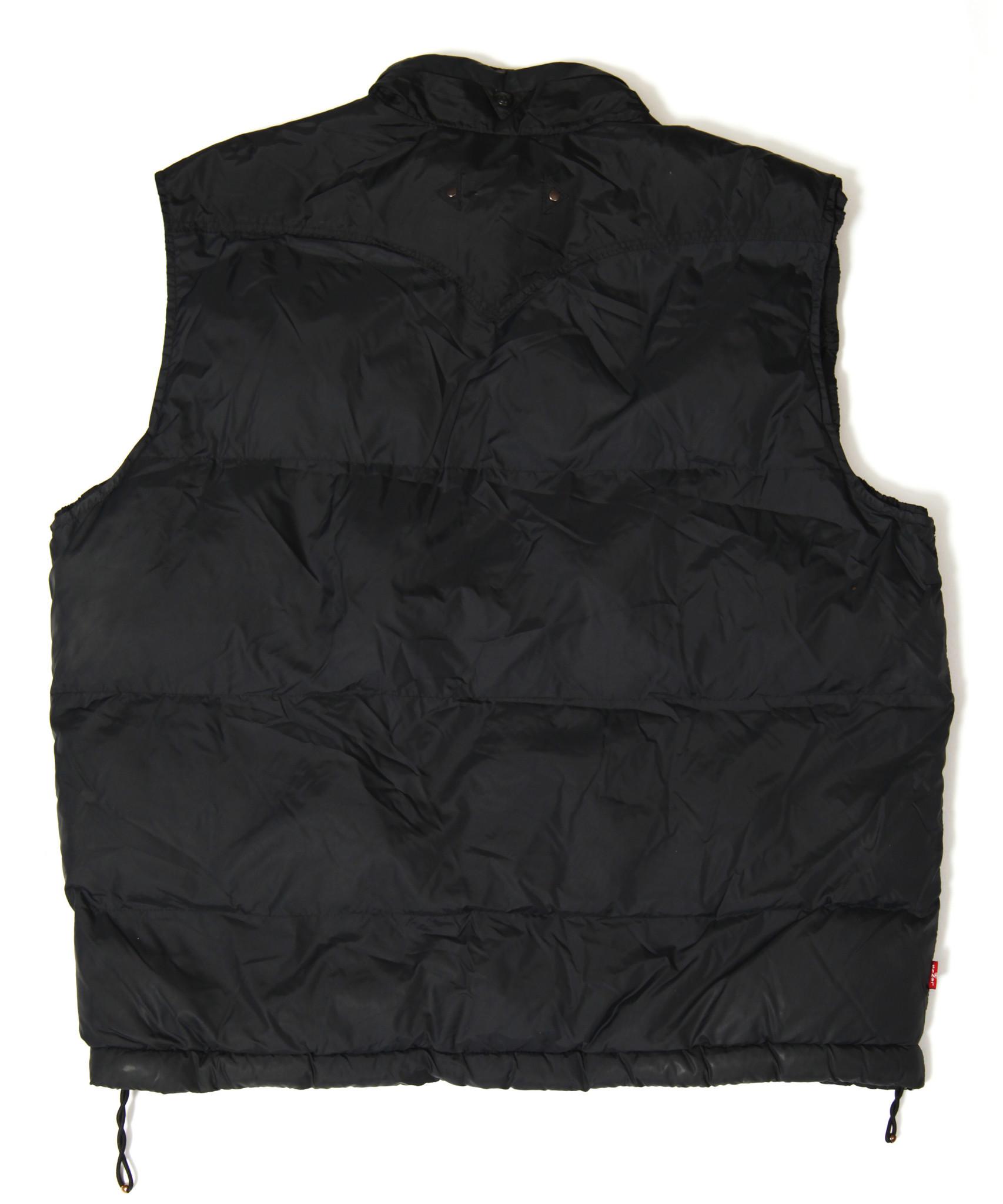 Black 90s Levi's bodywarmer