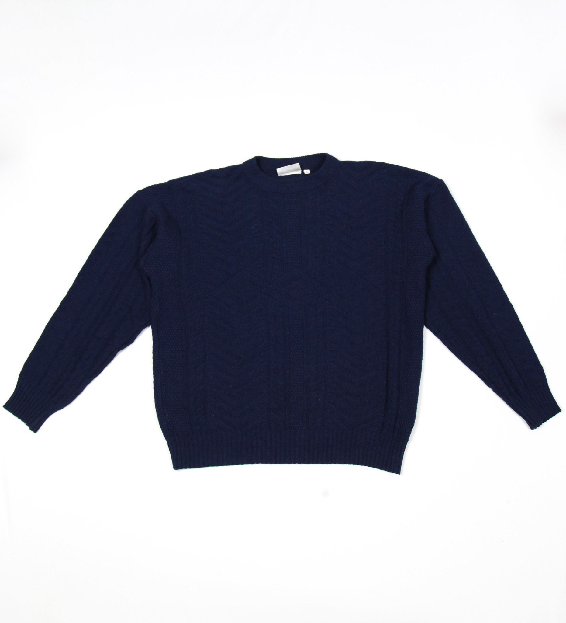 Navy classic cable jumper