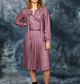 Classy 80s dress with all-over print