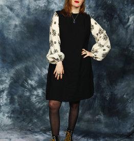 Floral 70s dress in black