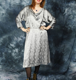 Cool 80s midi dress