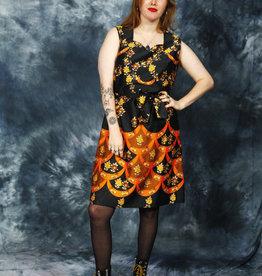 Sleeveless 70s dress