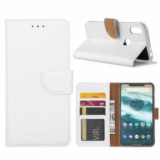 Luxe Lederen Bookcase hoesje voor de Motorola Moto One - Wit