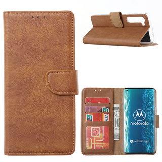 Bookcase Motorola Edge hoesje - Bruin