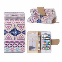 Aztec print lederen bookcase hoesje voor de Apple iPhone 5