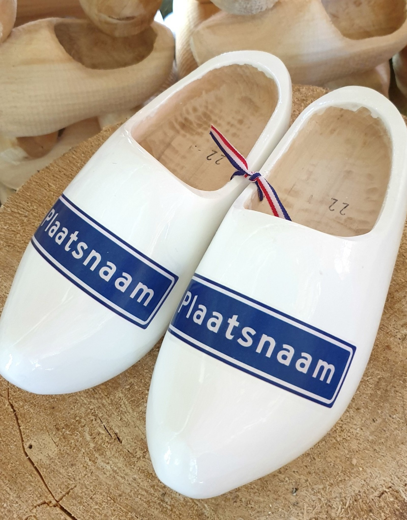 Wilhelmus Woodenshoes with your city name