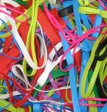 Tasche mit 100 farbigen Gummibändern in verschiedenen Größen