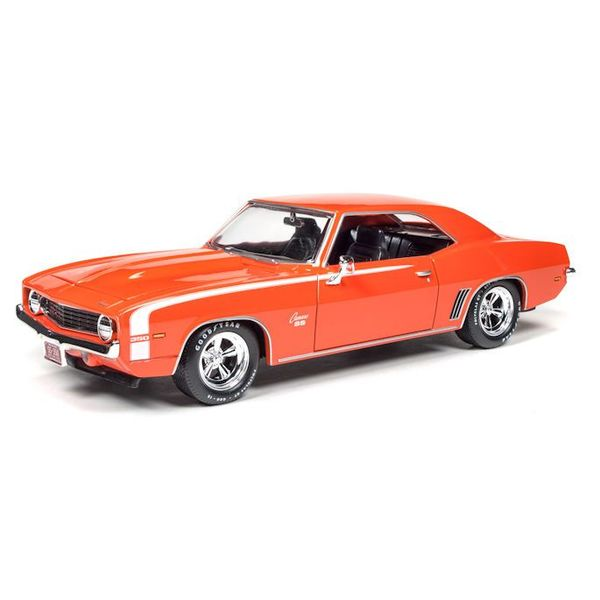 Model car Chevrolet Camaro SS 1969 orange 1:24