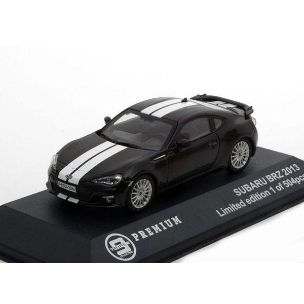 Modelauto Subaru BRZ 2013  zwart met witte strepen 1:43 | Triple9 Collection