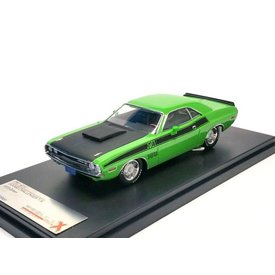 Premium X Dodge Challenger R/T 1970 green - Model car 1:43