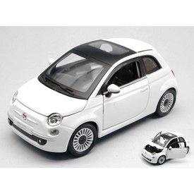 Bburago Fiat 500 2007 wit - Modelauto 1:24