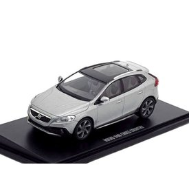 Motorart Volvo V40 Cross Country 2015, model car 1:43