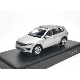 Herpa Volkswagen VW Touareg 2015 silver - Model car 1:43