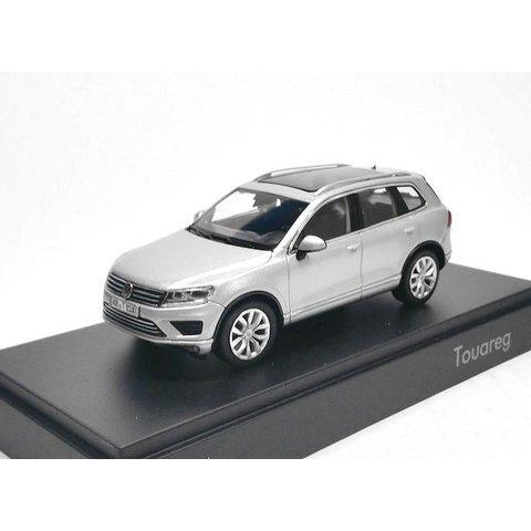 Volkswagen VW Touareg 2015 zilver - Modelauto 1:43