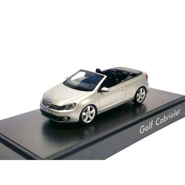 Modelauto Volkswagen Golf Cabriolet 2012 zilver 1:43