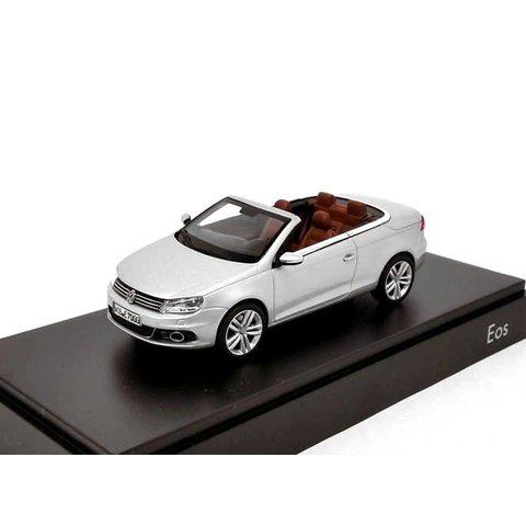 Volkswagen Eos 2011 zilver - Modelauto 1:43