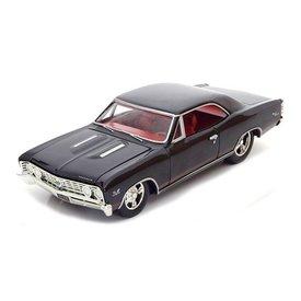 Ertl / Auto World Modelauto Chevrolet Chevelle SS 1967 zwart 1:24 | Ertl / Auto World