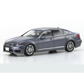 Kyosho Lexus LS 600hl grijs metallic - Modelauto 1:43