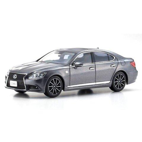 Lexus LS460 F Sport grijs metallic - Modelauto 1:43