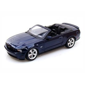Maisto Ford Mustang GT Convertible 2010 donkerblauw - Modelauto 1:18