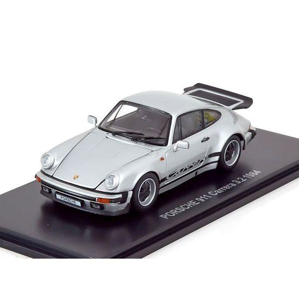 Modelauto Porsche 911 Carrera 3.2 1984 zilver 1:43