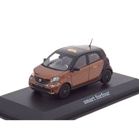 Smart Forfour 2014 bruin metallic/zwart - Modelauto 1:43