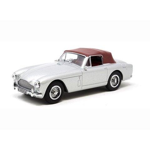 Modelauto Aston Martin DB2 MK III DHC zilvergrijs 1:43 | Oxford Diecast