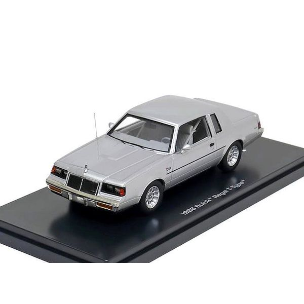 Modelauto Buick Regal T-type 1986 zilver 1:43   Ertl / Auto World