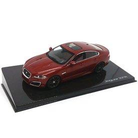 Ixo Models Jaguar XFR Italian racing red - Model car 1:43