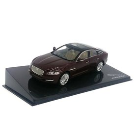 Ixo Models Jaguar XJ Caviar - Model car 1:43