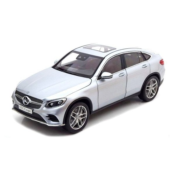 Modelauto Mercedes Benz GLC Coupe (C253) 2016 diamant zilver 1:18