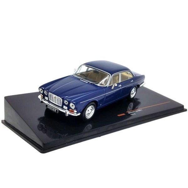 Model car Jaguar XJ Mk I 1972 dark blue 1:43