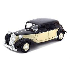 Maisto Citroën Traction Avant 15 Six 1952 zwart/creme - Modelauto 1:18