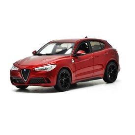 Bburago | Modelauto Alfa Romeo Stelvio donkerrood metallic 1:24