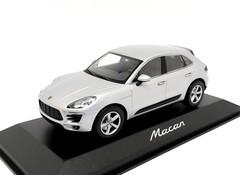 Producten getagd met Minichamps Porsche Macan