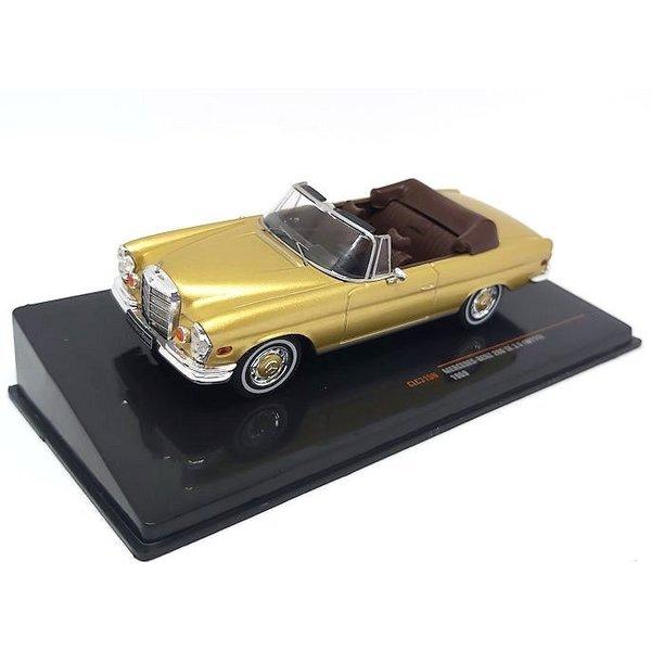 Model car Mercedes Benz 280 SE 3.5 (W111) 1969 gold metallic 1:43