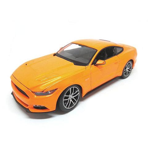 Ford Mustang GT 2015 oranje metallic - Modelauto 1:18