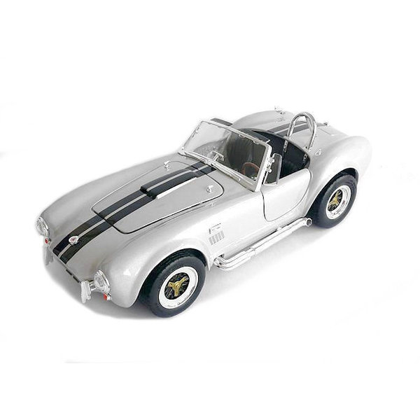 Modelauto Shelby Cobra 427 S/C 1964 grijs 1:18
