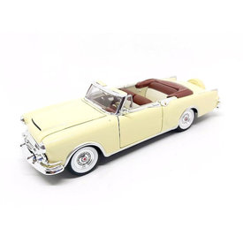 Welly Packard Caribbean Cabriolet 1953 cream - Model car 1:24