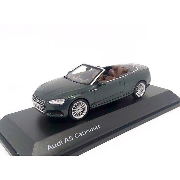 Modelauto Audi A5 Cabriolet 2017 donkergroen metallic 1:43