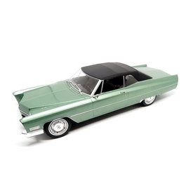 KK-Scale Cadillac DeVille with Softtop 1967 light green metallic/black - Model car 1:18